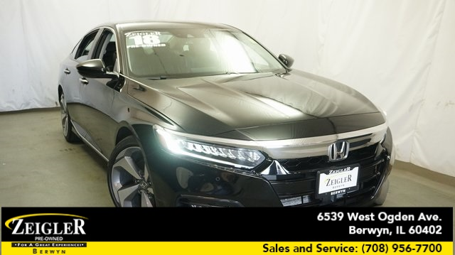 Pre-Owned 2018 Honda Accord Touring 2.0T