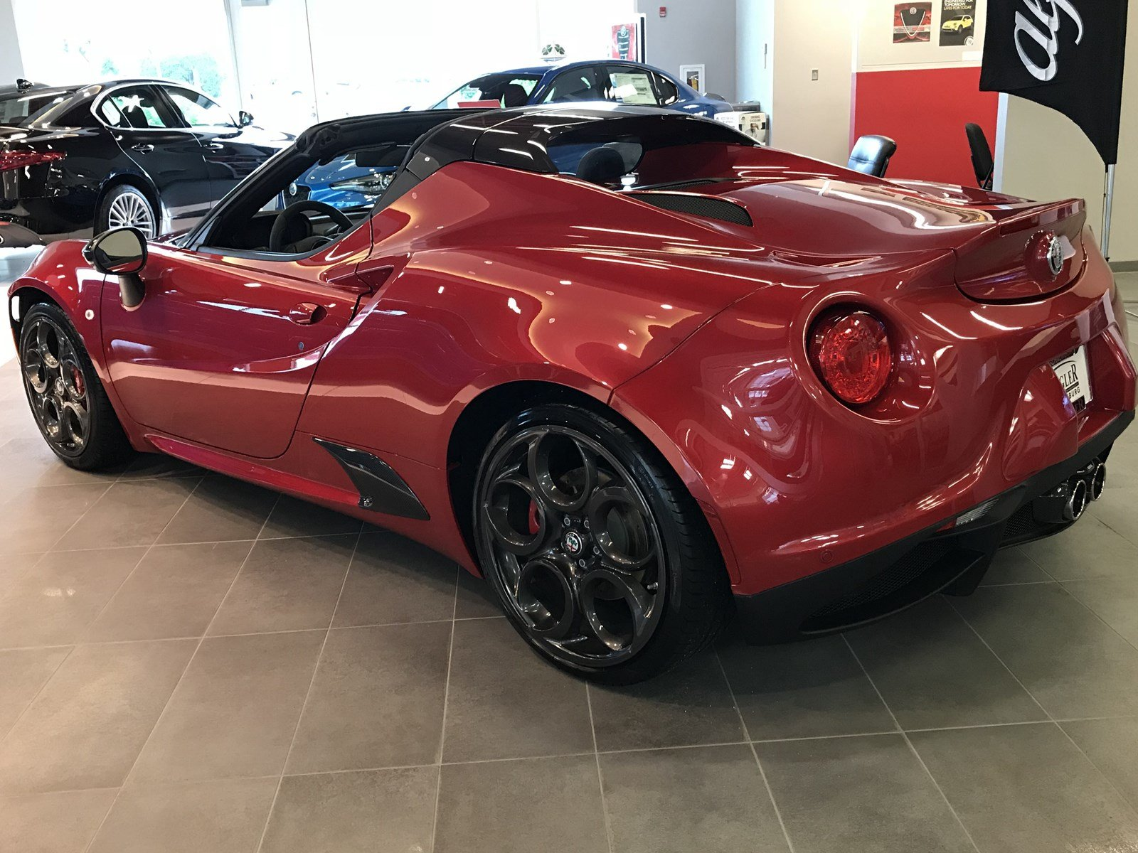 New 2018 Alfa Romeo 4C Spider Convertible in Schaumburg R